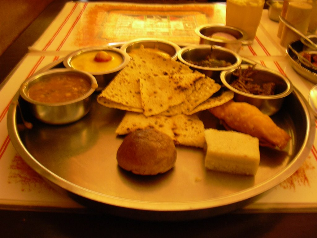 chummachumma: Chetana-A Terrific Place for Rajasthani Food