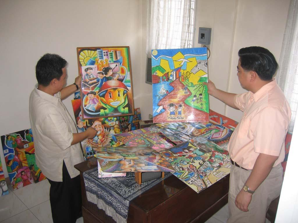 THE Vice Mayor's JOURNAL: At the PMHA poster-making contest