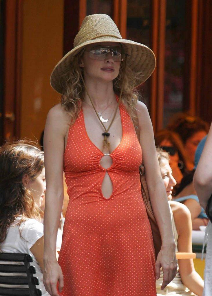 Heather Graham Rot Sox Bikini