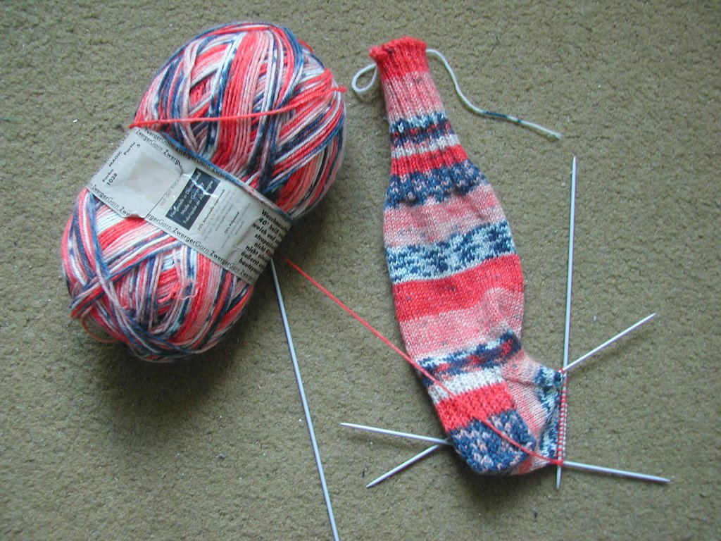how to start knitting after casting on