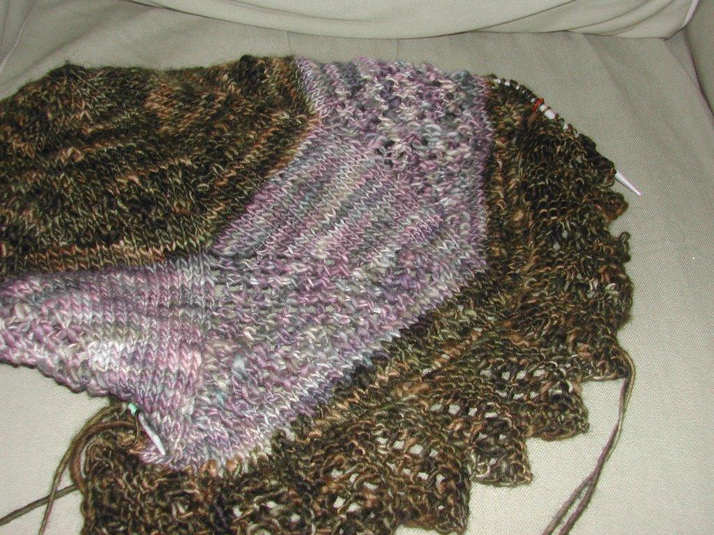 Knitting Circle Toronto : Knitting on the cam finishing up and just beginning