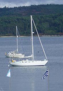 Kika at anchor in Camariñas