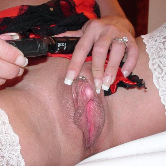 Фото женщин с огромным клитором