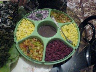 ang SAWSAWAN: tomatoes, onions, alamang, soy sauce with calamansi, fish sauce, vinegar, soy sauce with calamansi!