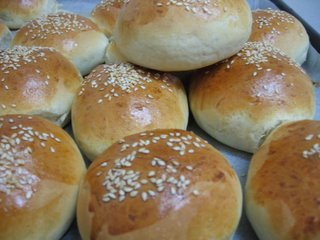 "... : ""French Bread Rolls to Die For"" לחמניות צרפתיות"