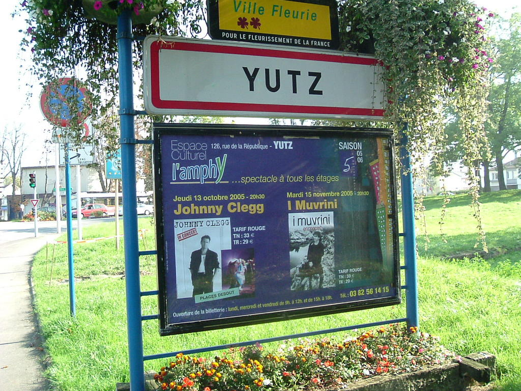 A roule yutz octobre 2005 for Fenetre yutz