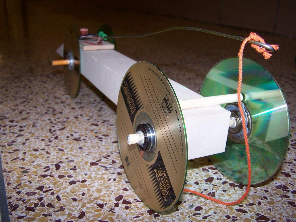 Mousetrap car won t move - Mouse Trap Car Pic