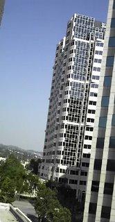 Las oficinas vista desde el hotel