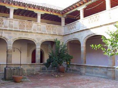 Claustro del monasterio de Santa Clara de Belalcázar