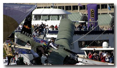 Flugtag Baltimore - Indiana Jones Flies