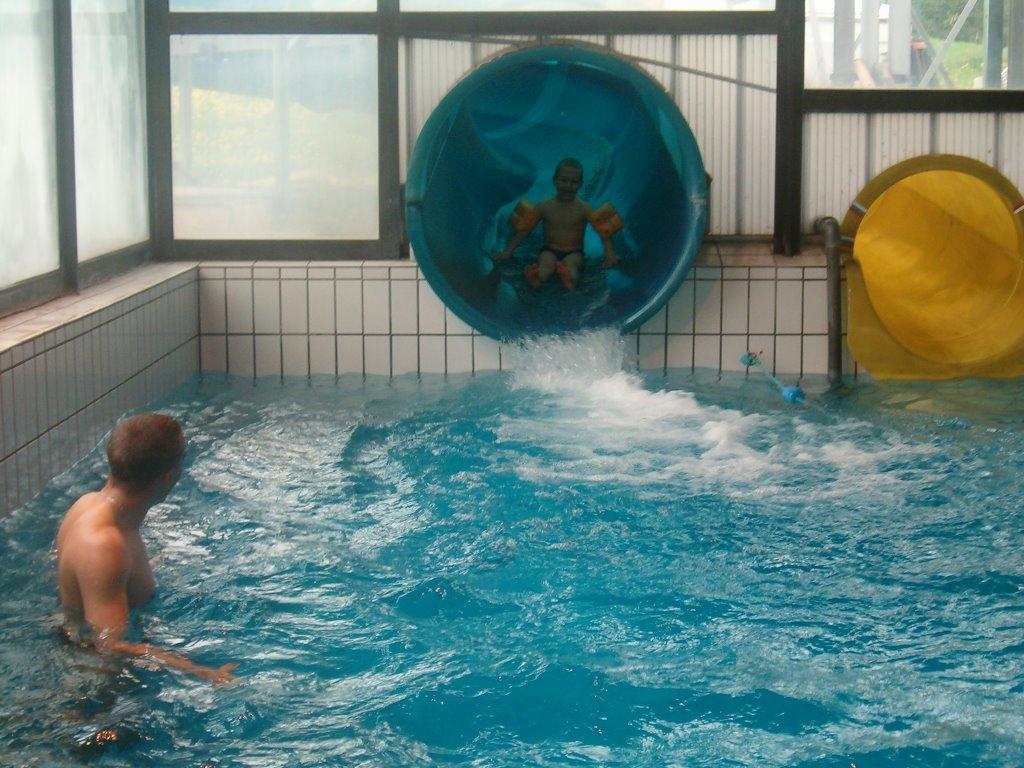 Centre de loisirs d 39 is sur tille for Breistroff piscine cap vert