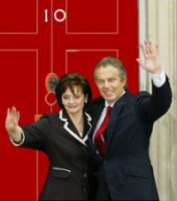 Mr & Mrs Blair outside No 10