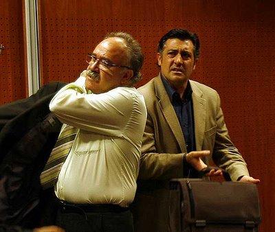 Ellos son los gamberros de la política española: Carod y Puigcercós. Su política se basa en la provocación, en la negación por sistema y en la reivindicación radical e irracional de una identidad excluyente. Unas joyas, vamos