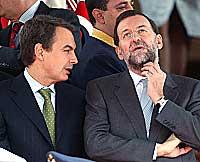 Zapatero necesita a la oposición para dar legitimidad a una previsible negociación con ETA; mientras Rajoy medita la postura que defenderá en la reunión con el presidente
