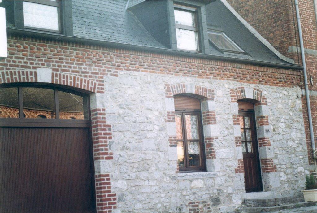 Achitecture 2 maison de pierre et brique maison de type for Maison en brique blanche