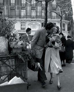 Robert Doisneau, Le Baiser de l'Opera, 1950