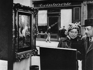 Robert Doisneau, Side Glance