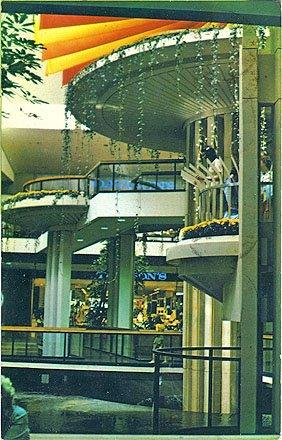 Sky City: Retail History: Cumberland Mall: Smyrna, GA