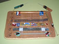 dispositivo para comprobar as propiedades electricas de diferentes materiais