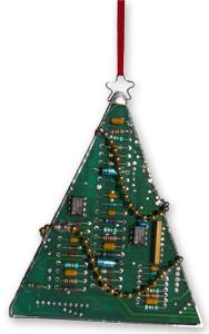arbore de nadal feita cun circuito integrado