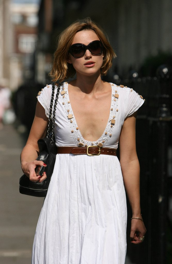 Keira Knightley: Anorexic or Not –Concave Chests Are Not Attractive ... Gold Wedding Gown