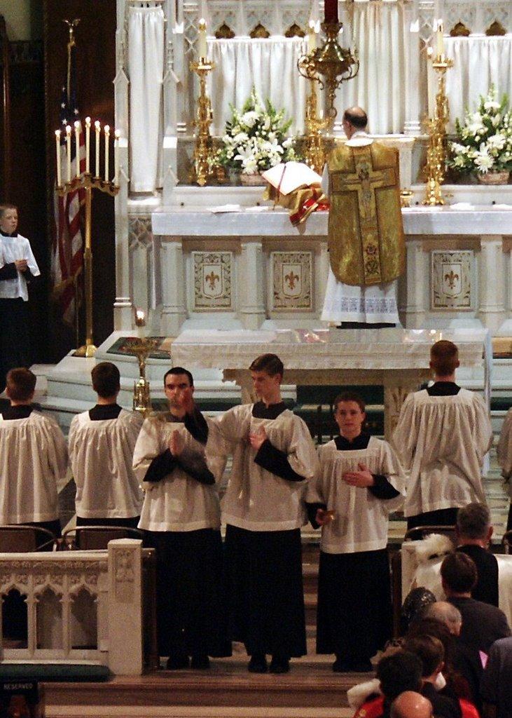 Te Deum laudamus!: April 2007