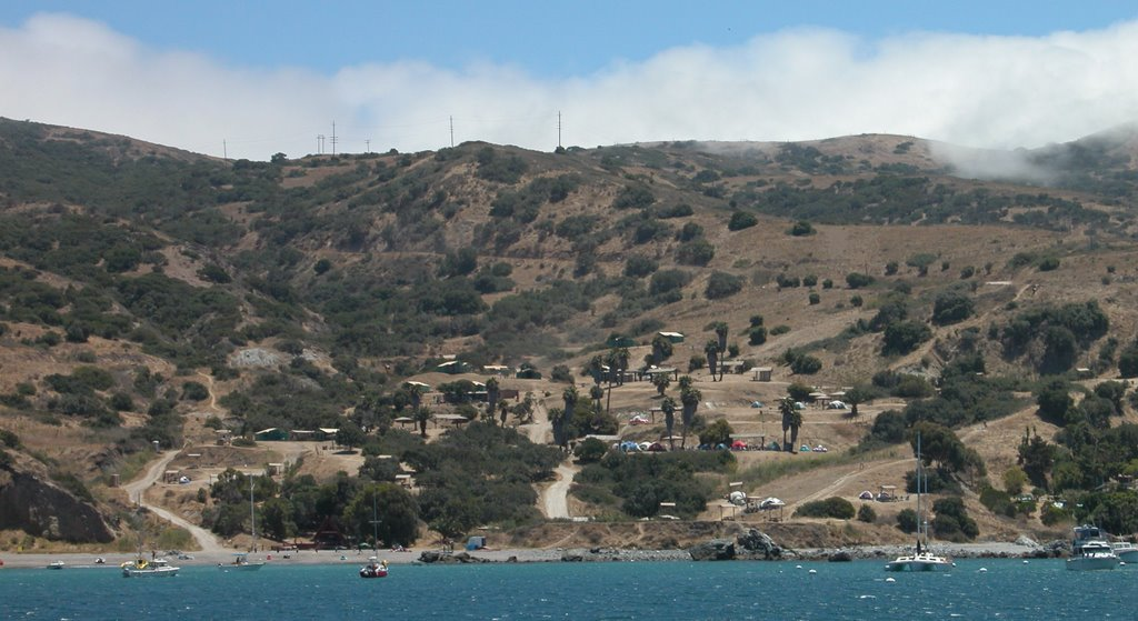 Two Harbors C&ground An hour ferry ride from San Pedro to Two Harbors on Catalina Island brought my family to California paradise. & Sierra Saltwater Systems Inc.: Catalina Diving u0026 Snorkeling