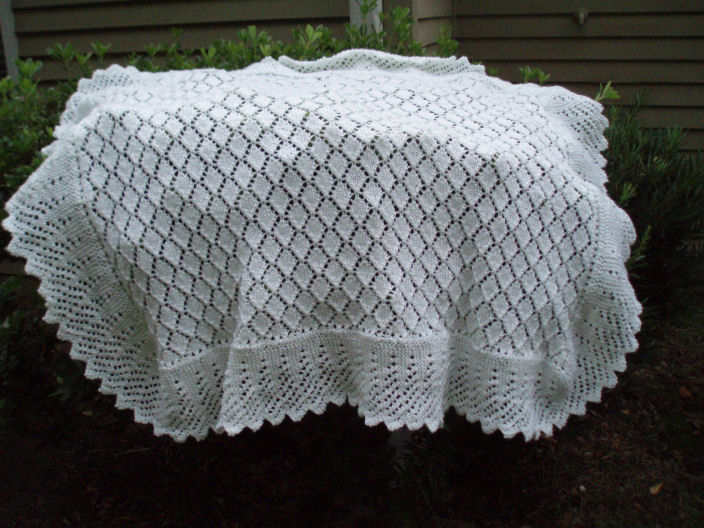 Knitting Patterns For Christening Shawls : Plays with pointy things: Spanish Christening Shawl - finished!