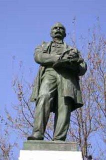 Estatua de Claudio Moyano (Madrid), obra de Agustín Querol