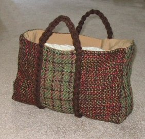 The completed handwoven sample strip bag.