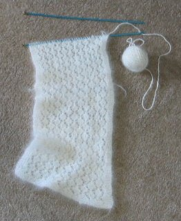 Leigh's <br />Samoyed lace scarf in progress.