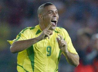 Ronaldo aceita ser reserva na seleção
