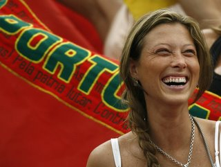 As Mulhers no Mundial  - Que beleza-  Portugal - Inglaterra