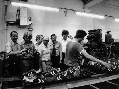 4f09e11f1 First Pullover  hummel vintage football boot production pics