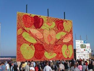 Årets tavla heter Äppel-Päppel-Pirum-Parum