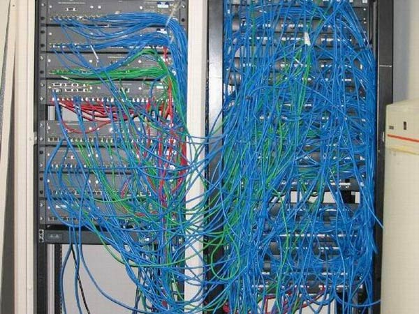 Surprising How Messy Is Your Network Wiring 101 Mecadwellnesstrialsorg