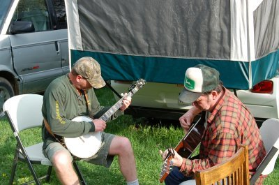 Tim and Larry picking some tunes in the yard
