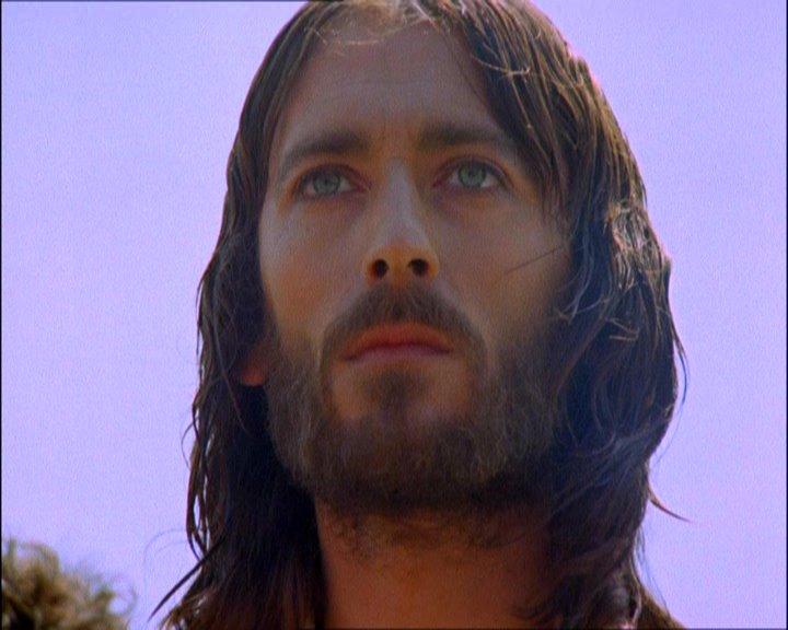 Jesus of Nazareth [DVD] [1977]: Amazon.co.uk: Robert Powell, Anne ...