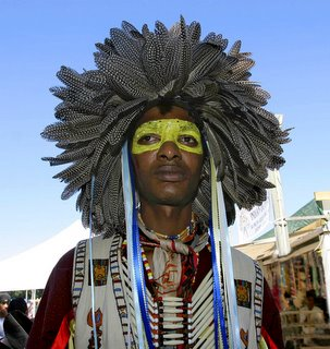 Pow-Wow, Feathered Headdress