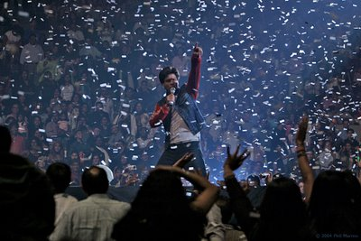 Shahrukh Khan Onstage