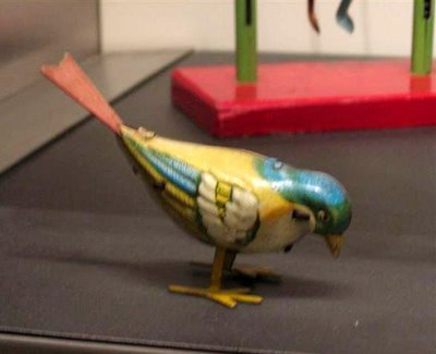 The perfect wind-up bird...
