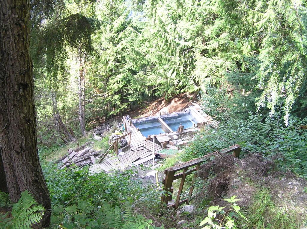 Barclay Creek Nude Sunning | Nude Hiking and Soaking in