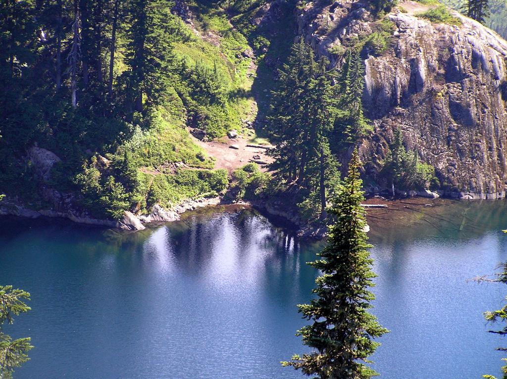Nude Hiking and Soaking in the Pacific Northwest: Upper