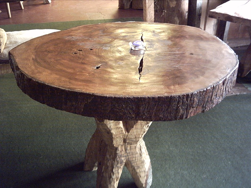 Muebles artesanales de troncos for Muebles artesanales