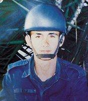 Marco Eli Chereze, o militar que tocou no criatura e morreu estranhamente dias depois.