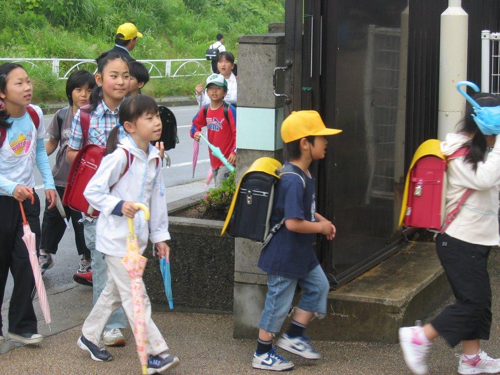 A French teacher in Japan: June 21-Visit to Matsunaga ...