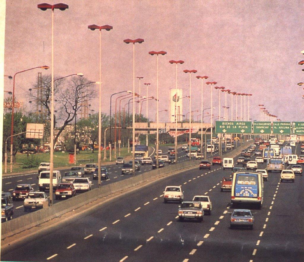 Empedrados de buenos aires for Benetton quedara autopista panamericana acceso oeste