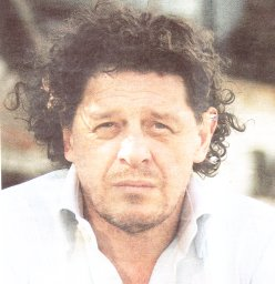 Marco Pierre White as Oh Dae-Su (photo)