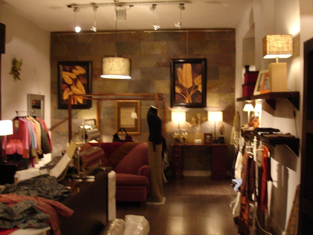 Tiendas de moda en madrid ropa y decoraci n alfarache for Decoracion de negocios de ropa