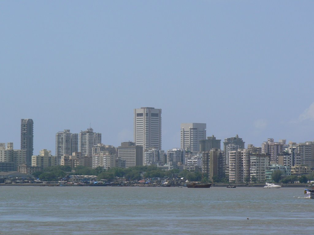 essay on mumbai city of dreams It is one city that attracts, in equal numbers, low-wage workers, professionals, businessmen, shoppers, film-stars who have made it and starlets who would do anything to make it, and tourists, of.